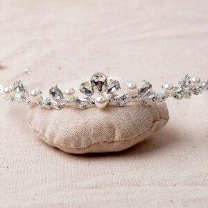Tiara Verzilverd Oostenrijks Kristal Met Parels Wit EB009