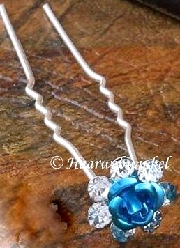 Haarpin Met Romantisch Roosje En Strass Steentjes 11mm Kleur Turquoise EBH004-Zeeblauw