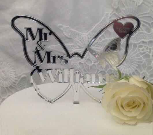 Gepersonaliseerde Taarttopper Mr. & Mrs. Vlinder Met Achternaam Kleur Zilver TT003-Zilver Spiegelend
