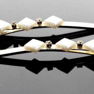 Haarschuifje Zilverkleur Met 3 Vierkante Parels Kleur Crème 9H0197-03