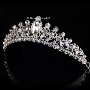 Tiara Duchess Verzilverd Met Oostenrijks Kristal Haarwebwinkel (1)