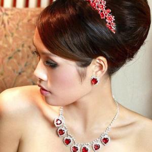 Tiara Haarkam Verguld Met Oostenrijks Kristal Rood Haarwebwinkel (1)